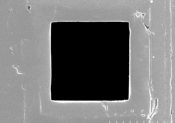 異形孔特殊加工 材料:Mo(モリブデン)/SUS(ステンレス)/WC(炭化タングステン)